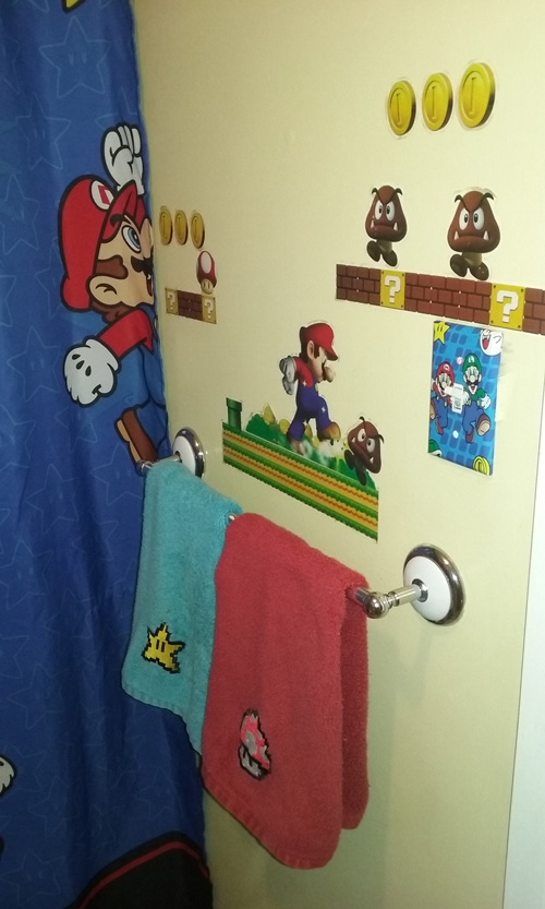 mario_bros_bathroom_1