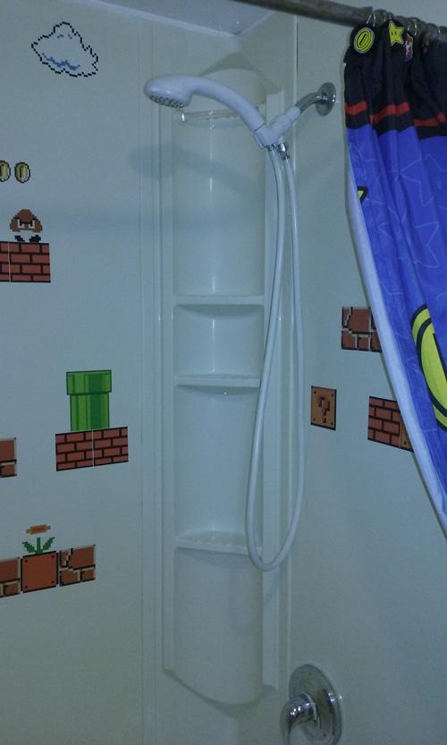 mario_bros_bathroom_4