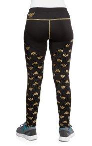 zelda_emblem_leggings_2